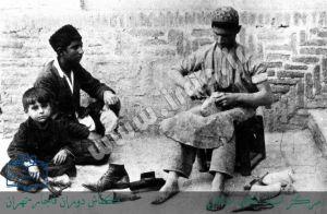تصویری از یك كفاش در تهران دوران قاجار