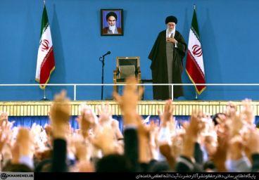 بیانات رهبر انقلاب در دیدار دانشآموزان و دانشجویان 12 آبان + صوت