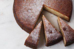 کیک اسفنجی را با یک دستور متفاوت و جدید درست کنید!!