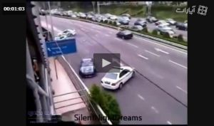 صحنه فوق العاده جالب از فرار خودروی متخلف از دست پلیسها