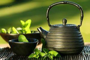 چای سبز برای این افراد ممنوع است