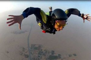 یک بانوی ایرانی متخصص سقوط است