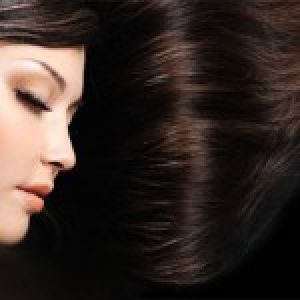 این مواد طبیعی موهایتان را تقویت می کنند