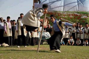 آیین چوب بازی؛ رزم نمادین تاریخی
