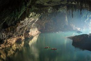 کایاک سواری در اعماق و بازدید از جنگل زیرزمینی