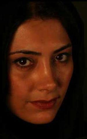 رازهای پوست شاداب خانم لادن طباطبایی بازیگر مشهور ایرانی!