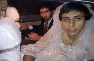 فرار اونم با لباس عروس