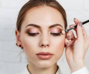 ۲۹ ترفند آرایشی بسیار مفید