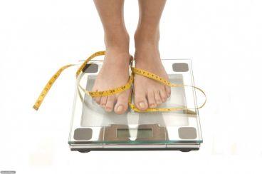 توصیه ها و ترفند های متخصصان تغذیه برای کاهش وزن