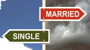 مجرد ماندن و یا متاهل شدن؟ خوشبختی کجاست؟