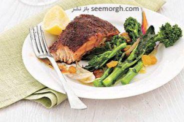 آموزش پختن ماهی سالمون با کلم بروکلی